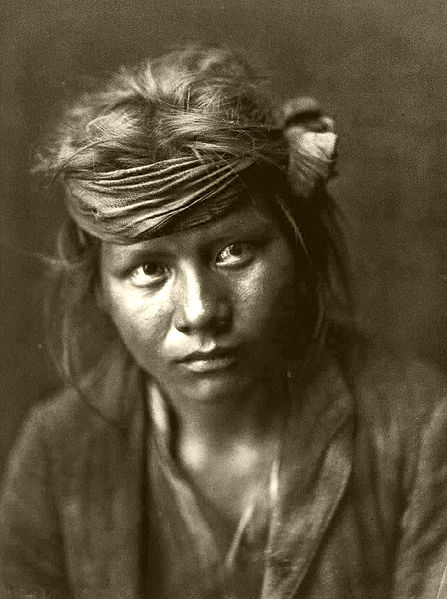File:Edward S. Curtis Collection People 016.jpg