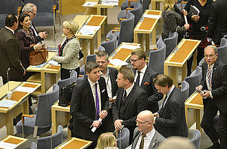 2014 Swedish government crisis - In center, Sweden Democratic representatives, including Mattias Karlsson, in the Riksdag after the Löfven cabinet's budget fell