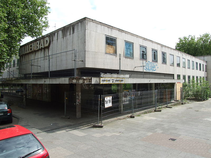 file ehemaliges hallenbad am berliner platz in oldenburg dscf1083 jpg wikimedia commons. Black Bedroom Furniture Sets. Home Design Ideas