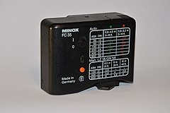 Electronic flash Minox FC 35. back. Spielvogel.jpg