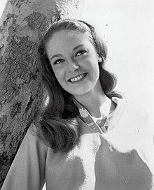 Elizabeth Hartman (Foto von 1966) .jpg