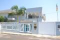 Embassy of Cameroon in Brasilia (Brazil).png