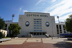 Fair Park August 2016 40 (Cotton Bowl Stadium).jpg