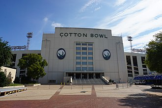 Cotton Bowl (stadium) - West grandstand main entrance in 2016