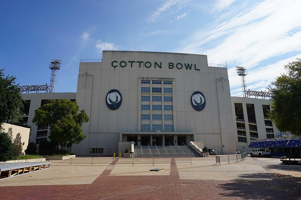 Fair Park August 2016 40 (Cotton Bowl Stadium)