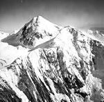 Fairweather Glacier, snow and ice covered peak, August 22, 1965 (GLACIERS 5445).jpg