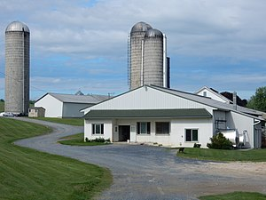 Heidelberg Township, Berks County, Pennsylvania - Image: Farm on Bernville Rd, Heidelberg Twp, Bercks Co PA 02
