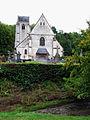 Fieffes église (vue de l'ouest depuis la rivière).jpg