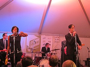 English: Fitz and The Tantrums at South by Sou...