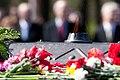 Flickr - Saeima - Svinīgā vainagu nolikšanas ceremonija Rīgas Brāļu kapos (2).jpg