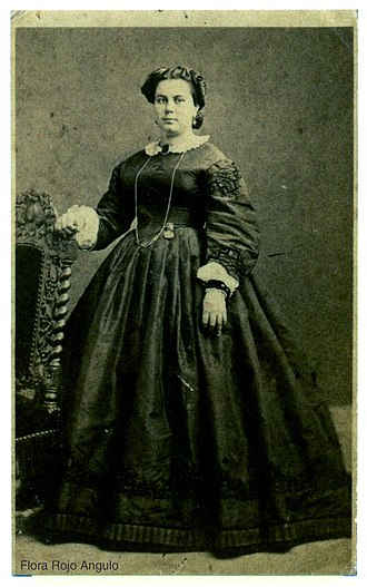 Santiago Albarracín - Flora Rojo y Angulo, esposa del coronel Santiago Albarracín.