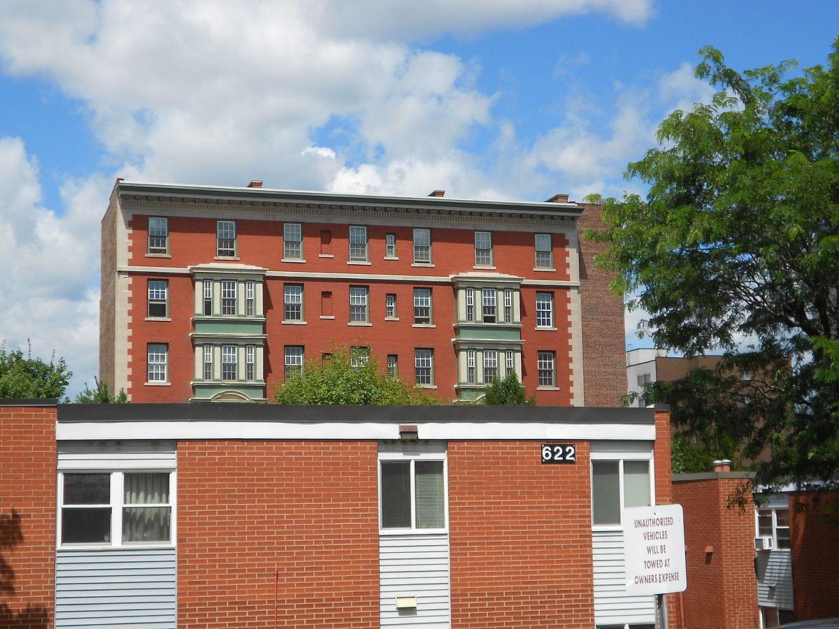 Design of low rise apartments joy studio design gallery for Apartment design wikipedia