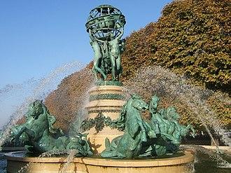 Jean-Baptiste Carpeaux - Image: Fontaine Quatre Parties Du Monde 04