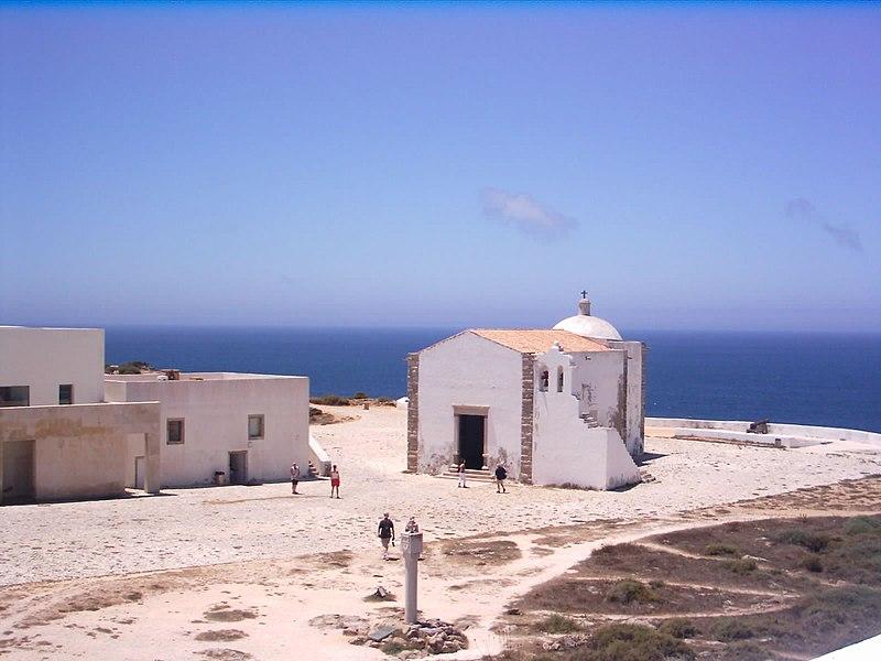 Image:Fortaleza-de-Sagres Igreja-N.-Sra-da-Graça.jpg