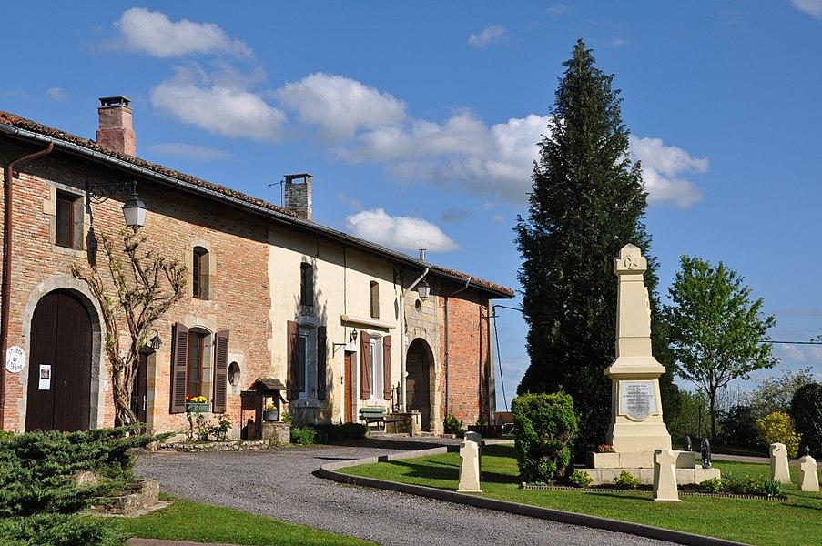 Village centre of Beaulieu-en-Argonne (canton Seuil-d'Argonne, Meuse department, Lorraine region, France).