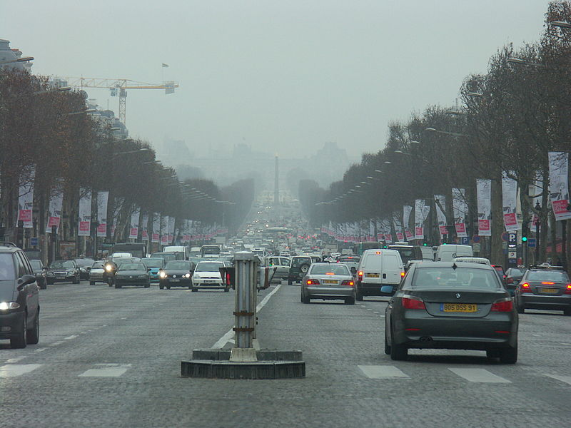 Súbor:France-Paris-Traffic1.JPG