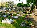 Friedhof Urnengräber.JPG