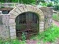 Fullarton grotto, Troon.JPG