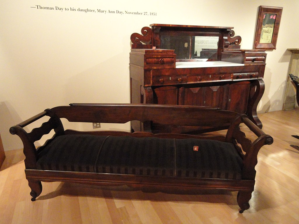 File furniture by thomas day north carolina museum of for Furniture north carolina