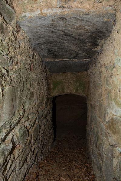 File:GLT 332 Frauenhöhle 002.jpg