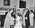 Galadiner in de Ambassade van Oostenrijk . Koningin Juliana, Scharf, Dr. G. Afus, Bestanddeelnr 912-4941.jpg