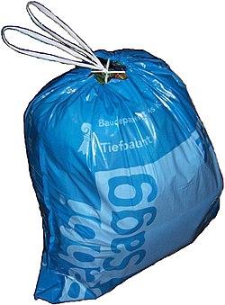 Garbage bag Basel Bebbisagg.JPG