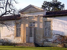 Château de Gaujacq, vue partielle d'une aile
