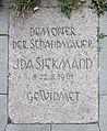 Gedenktafel Bernauer Str 48 (Mitte) Ida Siekmann.jpg