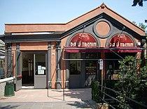 category genova piazza manin train station wikimedia commons. Black Bedroom Furniture Sets. Home Design Ideas