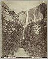 Gezicht op de Yosemite-watervallen in Yosemite National Park Yosemite Falls (titel op object), RP-F-2012-96-233.jpg