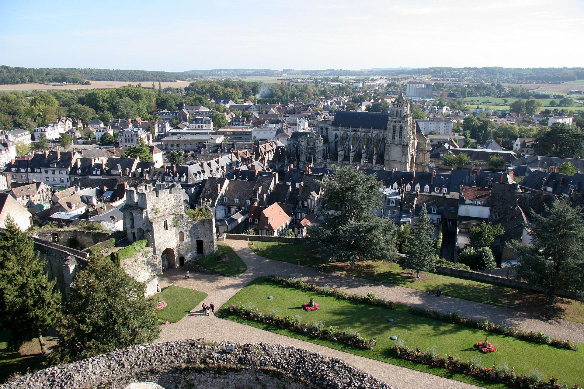Vue de Gisors depuis la terrasse du château.