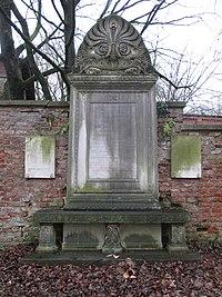 Grab-Karl-Heideck-Alter-Suedl-Friedhof-Muenchen-AA-35-GF-23.JPG