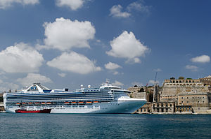 Grand Princess Grand Harbour Valletta.jpg