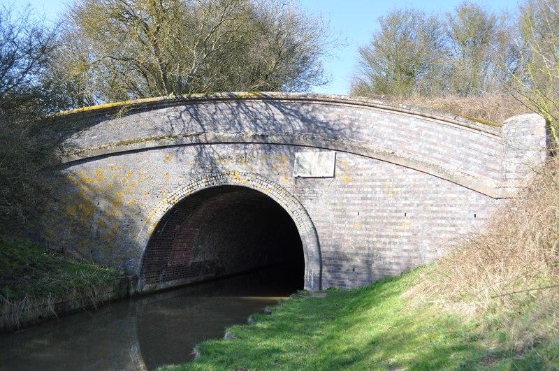 Grand Union Canal - Saddington Tunnel - geograph.org.uk - 2300236