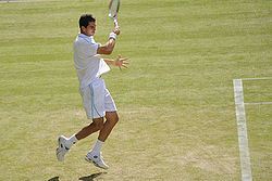 Guillermo García-López at the 2009 Wimbledon Championships 01.jpg