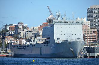 HMAS Choules (L100) - Image: HMAS Choules FBE 2014
