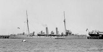 Pelorus-class cruiser - Image: HMS Pyramus SLV Green 1914