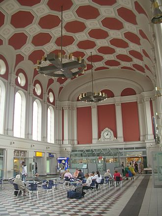 Hamm (Westfalen) station - Inside the station hall