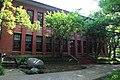Hangzhou Zhijiang Daxue 20120518-22.jpg