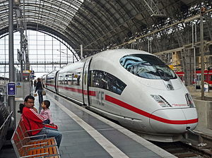 Hauptbahnhof Frankfurt ICE3-NL 251-dLuh