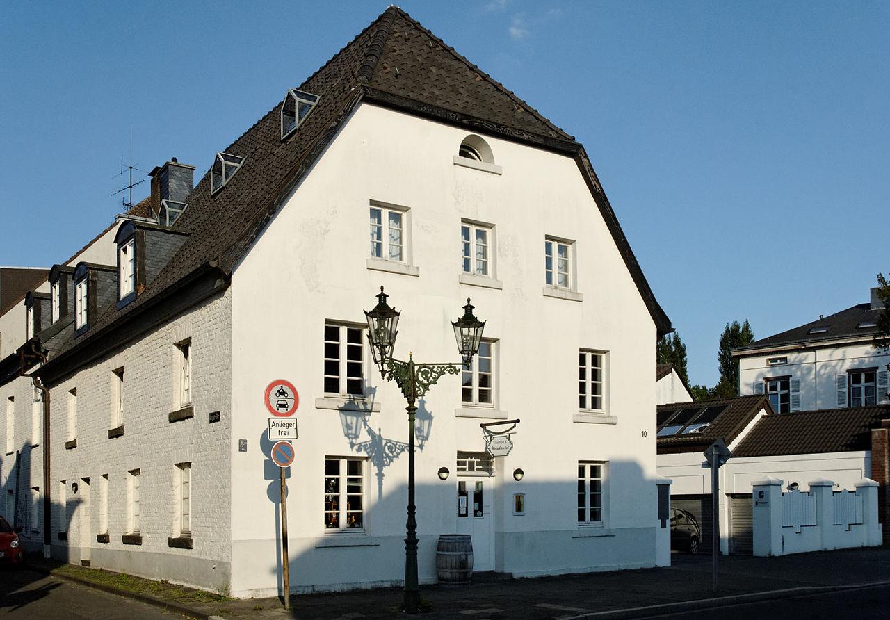datei haus am alten rhein 10 in duesseldorf urdenbach von. Black Bedroom Furniture Sets. Home Design Ideas