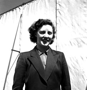 1952 World Table Tennis Championships - Helen Elliott at the World Table Tennis Championships at Bombay in February, 1952. She won the Bronze in Women's doubles.
