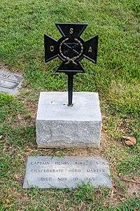 Henry Wirz grave section 27 - Mt Olivet - Washington DC - 2014.jpg