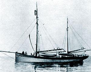 Hercules schooner Rusanov.jpg