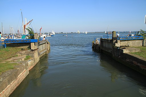 Heybridge Basin (6200391905)