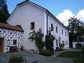 Hirschbach Pfarrhof.JPG