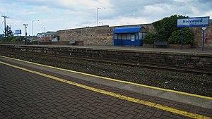 Holywood railway station - Image: Holywood Railway Station (2) geograph.org.uk 504033