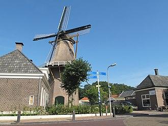 Dalfsen - Image: Hoonhorst, molen de Fakkert foto 3 2012 09 09 15.54