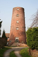 Horncastle, Spilsby Road Mill.jpg
