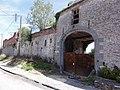 Houdain-lez-Bavay (Nord, Fr) portail d'un manoir.JPG